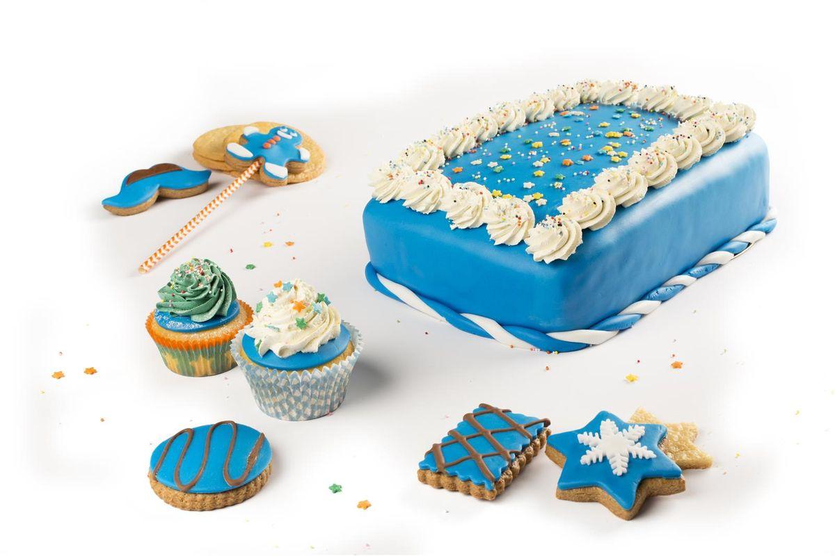 Rouleau de pâte à sucre bleu foncé 430 gr - Voila