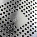 Moule à tarte perforé avec fond amovible en fer blanc 35x11cm - Louis Tellier