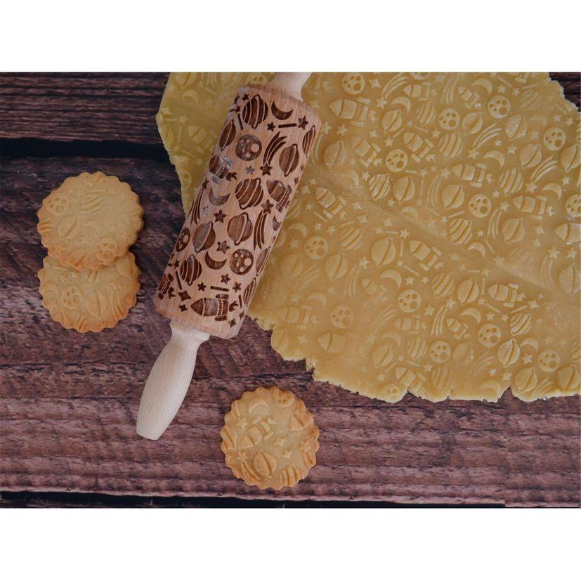 Rouleau à empreintes en bois espace 11 cm - Alice Délice